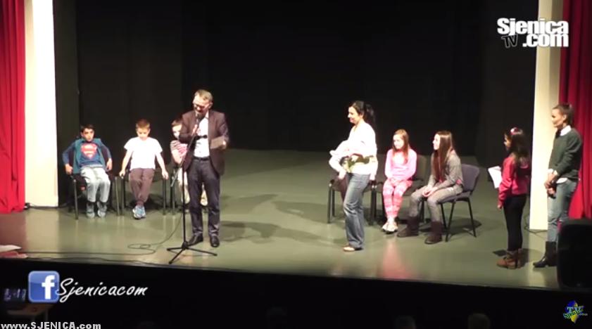 Tode Nikolic - Predstava - Sjenica / Oktobar 2015